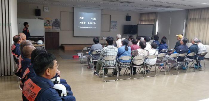 私の事務所でお世話になっています、守山学区の西島町内の自主防災訓練に来ています。