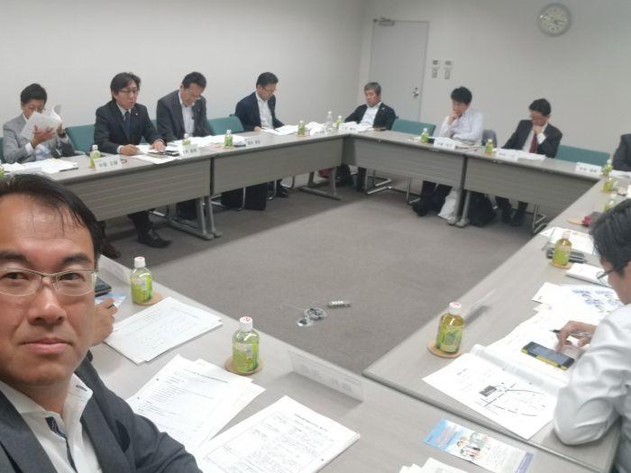 働く仲間、連合愛知の政策推進議員懇談会で愛知県内の各市町村議会の仲間と意見交換をしています。