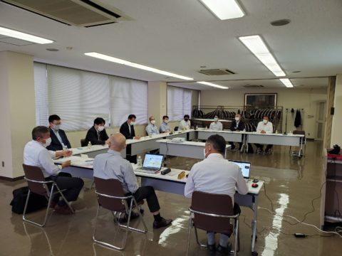 愛知県内の電機関連産業で働く方々の代表者の皆さんとの懇談会です。