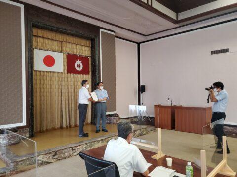 連合愛知から愛知県知事に対しての政策要望書の提出です。