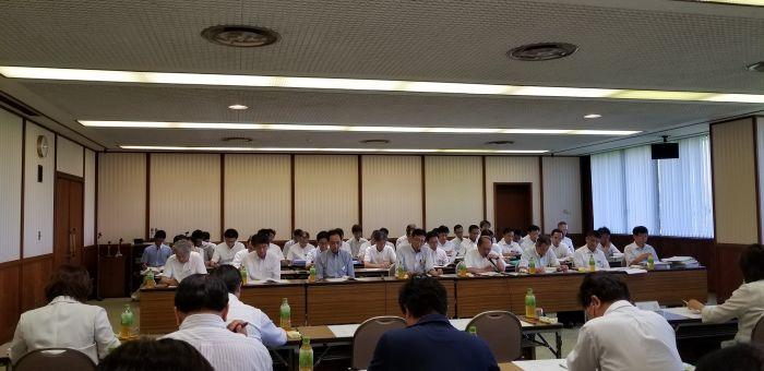 今日から県庁に缶詰で、今後の愛知県の各部局の事業のヒアリングです。